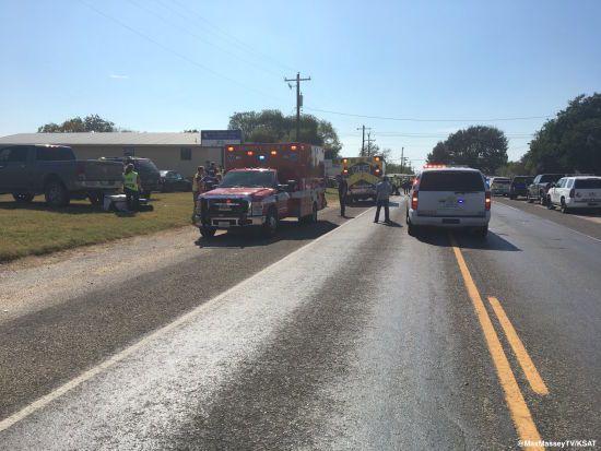 Батько втратив дитину під час стрілянини у Техасі. Нові подробиці масового вбивства у церкві