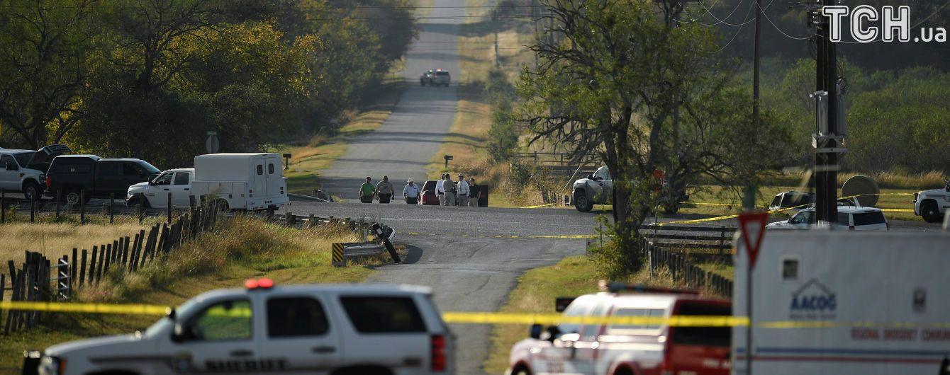 Техасский стрелок до кровавого убийства в церкви пытался задушить жену