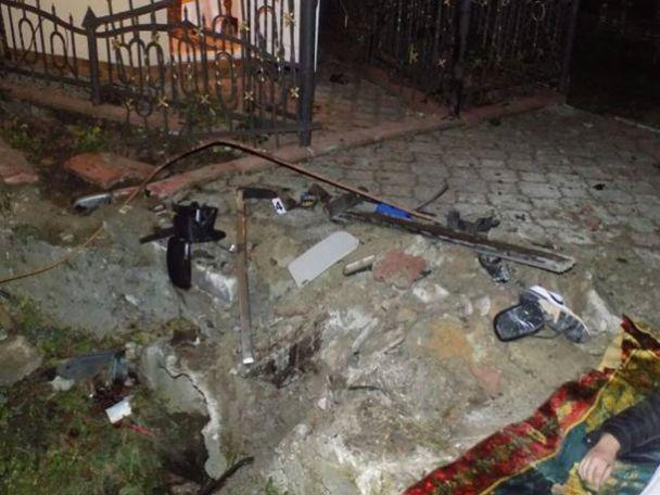 Смертельна ДТП на Львівщині: двоє людей загинуло та ще п`ятеро у лікарні