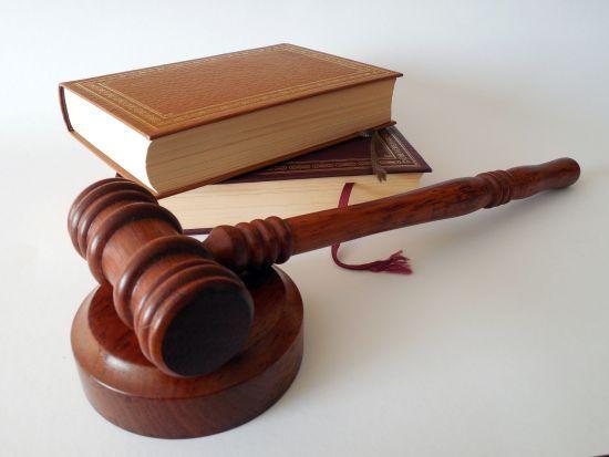 В Одесі суд відправив під домашній арешт 16-річну викрадачку хлопчика