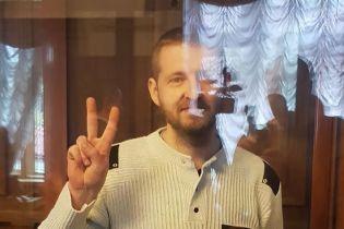 Осужденного на 13 лет пограничника Колмогорова отпустили из-под стражи