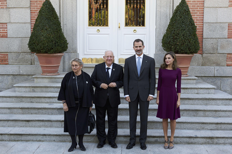 Королева Летиция и король Филипп VI с президентом Израиля и первой леди