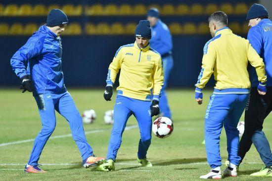 Збірна України зібралася у Харкові, але погода заважає провести тренування