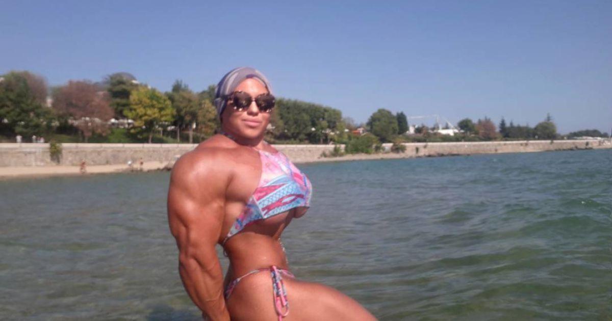 Пауерліфтерка з Росії повертається в спорт