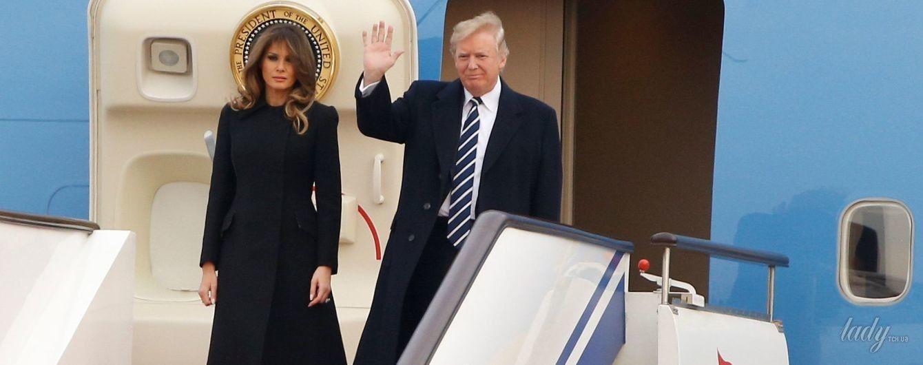 Два пальто и прозрачное платье: новые образы Мелании Трамп