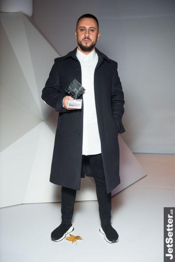 """Elle Style Awards 2017: тренера """"Голосу.Діти"""" MONATIK назвали найкращим співаком року"""
