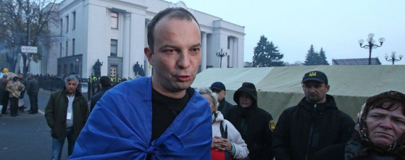 Соболєв заявляє, що його хочуть зняти з посади голови антикорупційного комітету