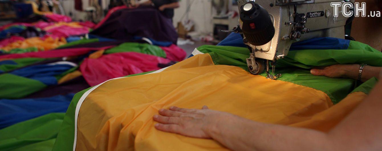 Узаконене рабство. Українські швачки у надважких умовах шиють одяг для відомих брендів