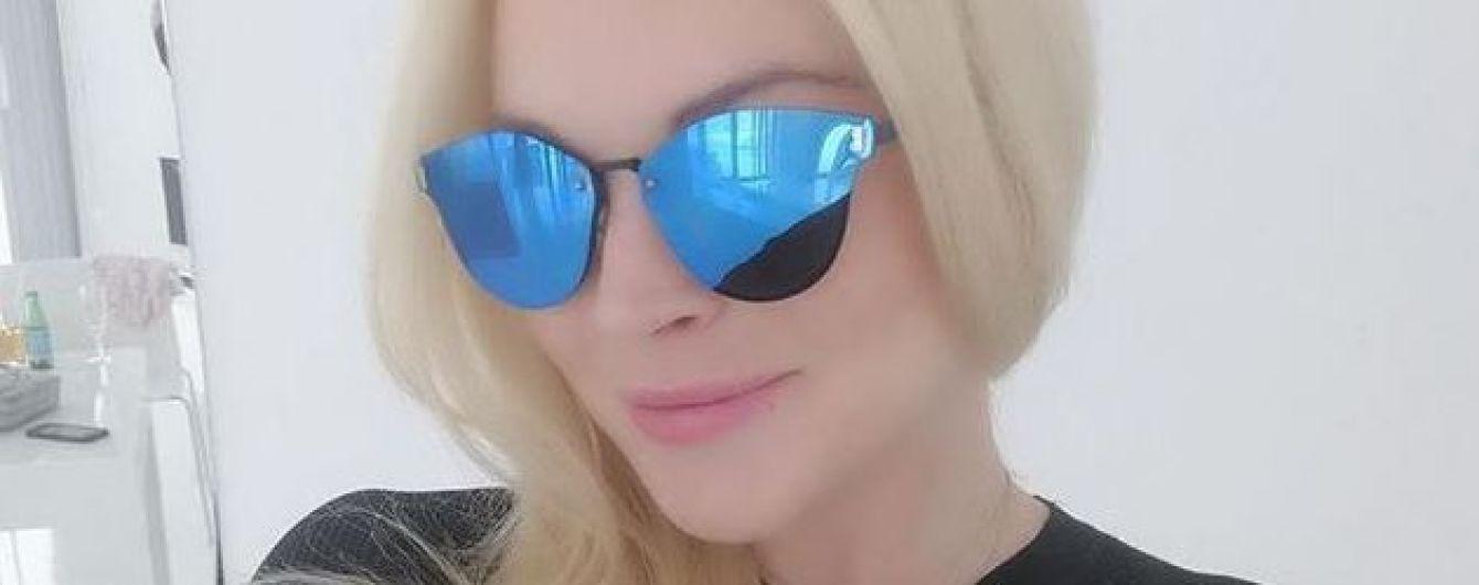 Линдсей Лохан в сексуальном купальнике продемонстрировала фигуру