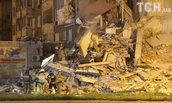 Обвал будинку в російському Іжевську: знову зросла кількість загиблих