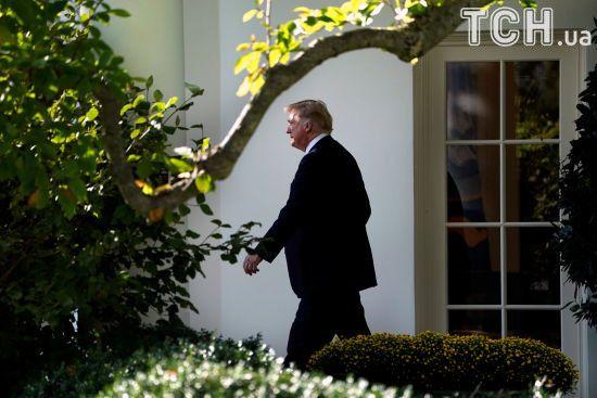 Политикой Трампа недовольны две трети американцев - опрос