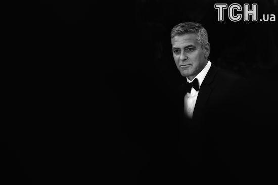 Оскароносний Джордж Клуні йде з кіно