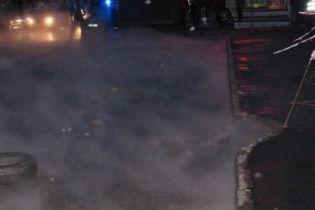 В Киеве площадь в Соломенском районе залило кипятком