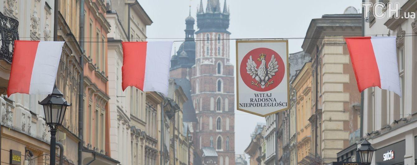 Оставаться настоящими друзьями. Порошенко с Гройсманом поздравили Польшу с Днем независимости