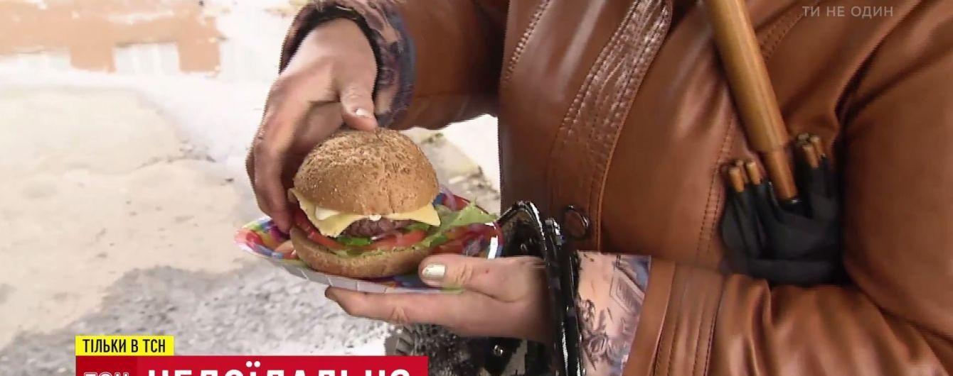 """Рецепт для школьников от шефа: столичный повар разработал полезный """"бургер по-миргородски"""""""