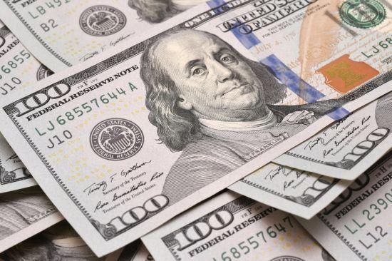 Детективу НАБУ намагались дати 800 тисяч доларів хабара за припинення розслідування