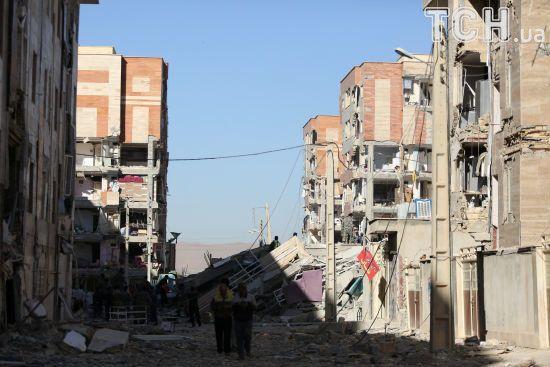 Після кривавого землетрусу в Ірані оголосили день жалоби