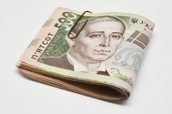 Силовики спіймали хакерів, які викрали понад 10 млн грн із 1,5 тисячі банківських карток