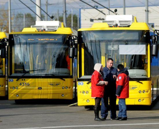 У неділю в Києві низка тролейбусів змінять маршрути