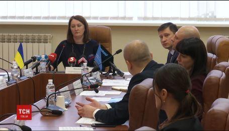 Председателя НАЗК обвиняют в фальсификациях проверок е-деклараций