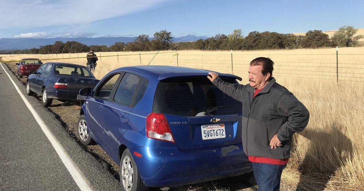 Полицейские перекрыли дорогу из-за стрельбы в школе в Калифорнии в США @ Jim Schultz / Twitter