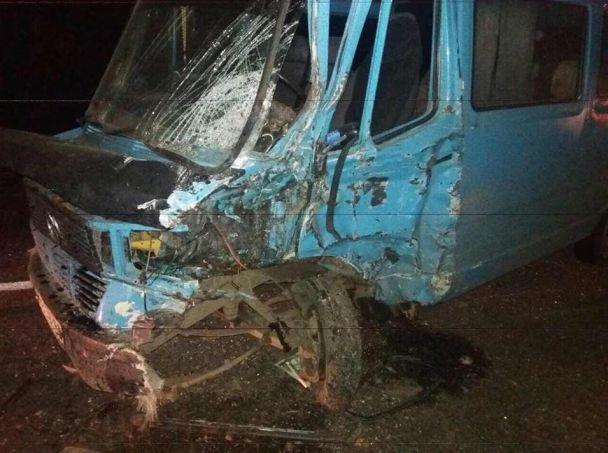 На Миколаївщині сталася потрійна ДТП, під час якої постраждали люди