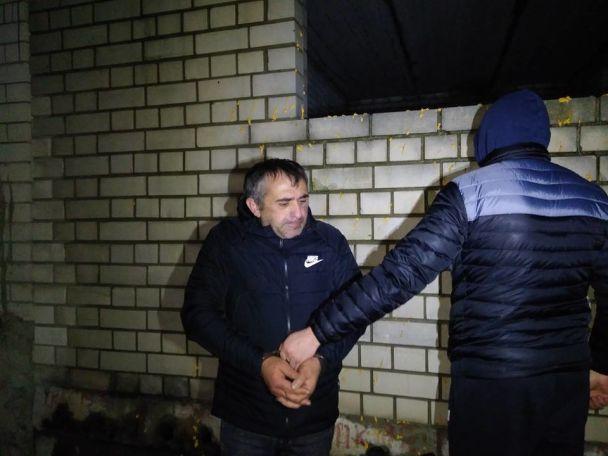 В Киеве накрыли вооруженную банду грузин, отобравших у супругов сумку с деньгами на покупку авто