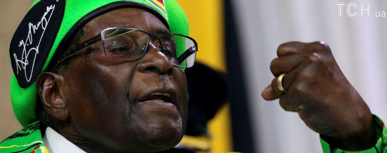 Кризис в Зимбабве: вместо задержанного Мугабе страну возглавил изгнанный им экс-вице-президент