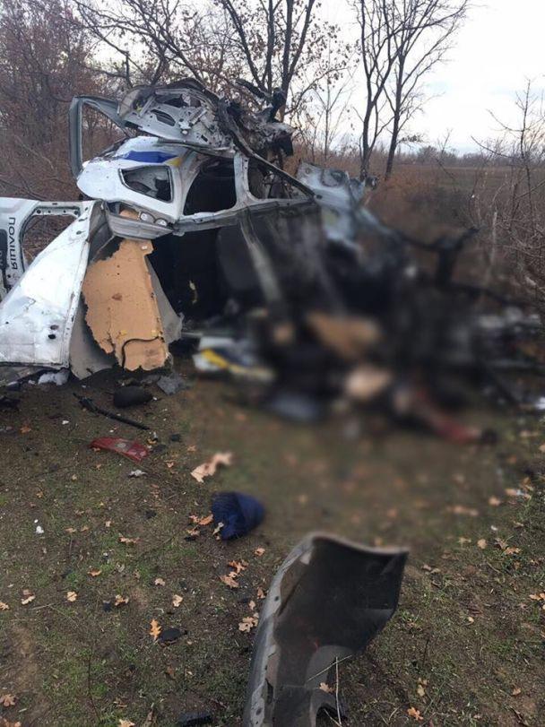 На Донетчине полицейское авто взорвалось на мине, есть погибшие