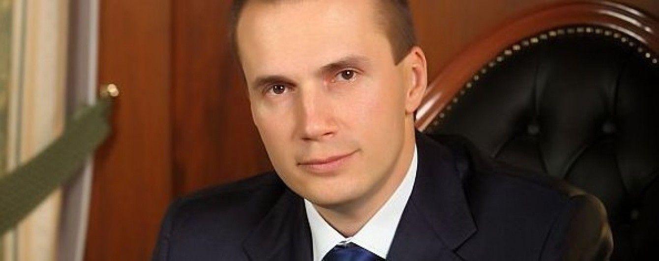Син Януковича подав до суду на Нацбанк