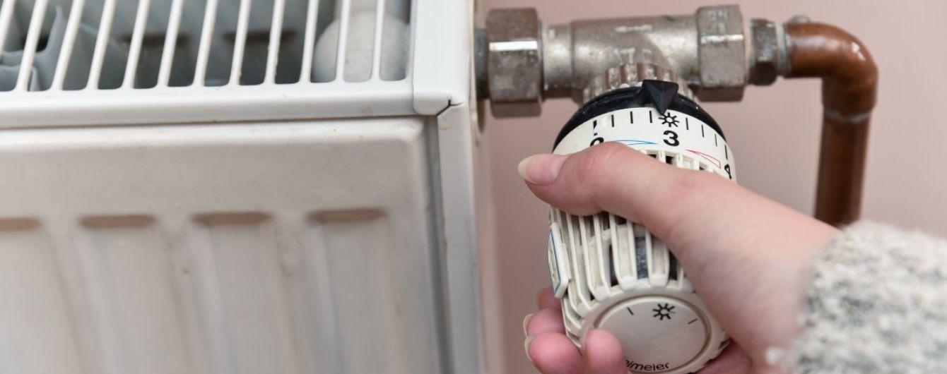 У Харкові обігрівають дитбудинок і медзаклади теплогарматами. Жителі 129 поверхівок сидять у холоді
