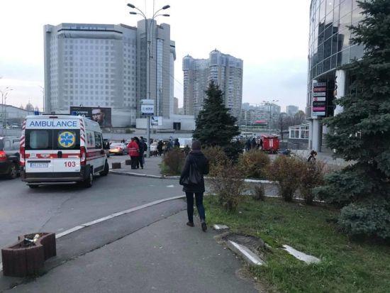 """Подробиці затримання журналіста в Білорусі та """"замінування"""" у столиці. П'ять новин, які ви могли проспати"""