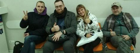"""Невдоволені відсутністю гарячої води жителі столиці залишились """"ночувати"""" в офісі """"Київенерго"""""""
