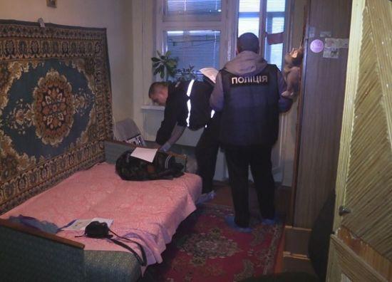 В Киеве в квартире нашли мертвой 15-летнюю девушку