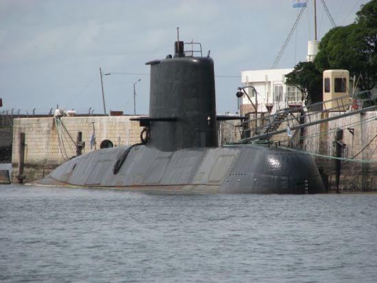 В Атлантичному океані зник аргентинський військовий підводний човен