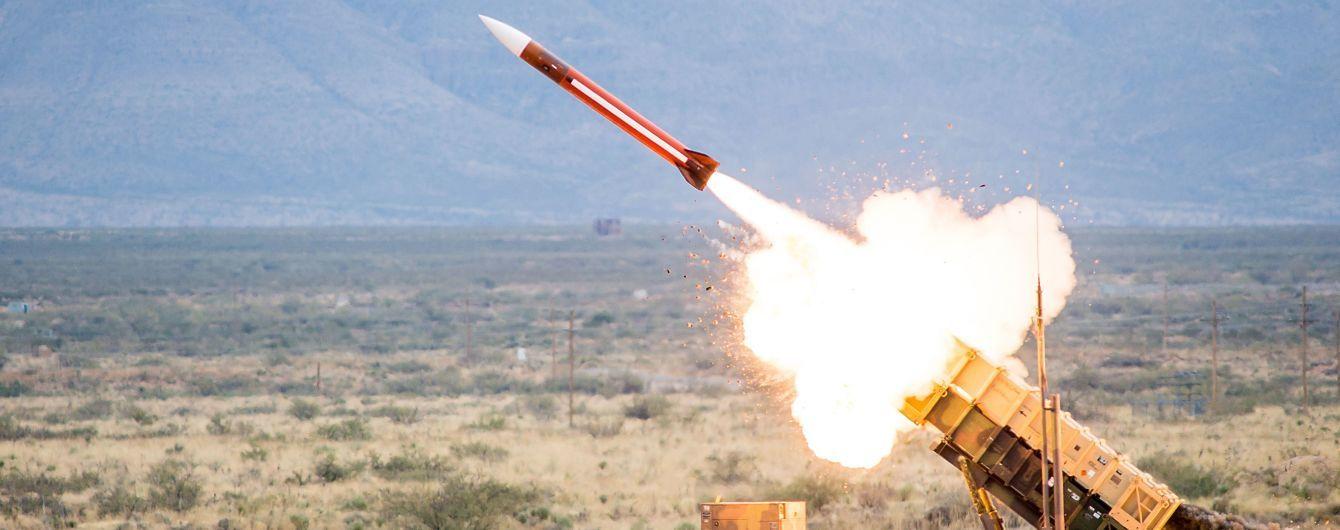 Повстанці у Ємені заявили про запуск ракети по атомній станції в ОАЕ