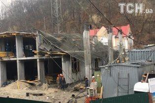 На столичній Воздвиженці сталося обвалення на будівництві