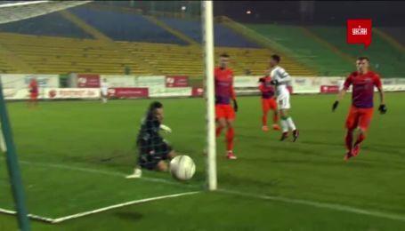Караскаль из выгодной позиции не смог поразить ворота Мариуполя