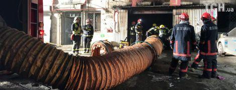 В Пекине в результате масштабного пожара погибли почти два десятка человек