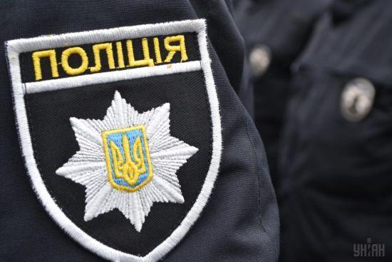 Поліція порушила кримінальне провадження через смерть людини біля лікарні у Києві