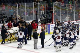 У главного тренера хоккейной команды случился сердечный приступ прямо во время поединка