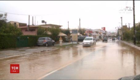 Убийственное наводнение в Греции. Число жертв стихии возросло до 20