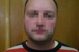 В Киеве СБУ задержала офицера–дезертира и информатора ФСБ, который приехал из оккупированного Крыма