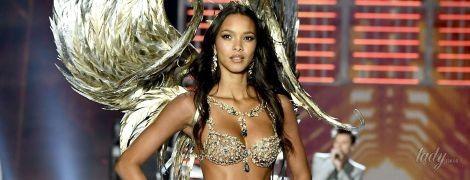 """Роскошный выход: """"ангел"""" Лаис Рибейро представила Fantasy Bra на шоу Victoria's Secret"""