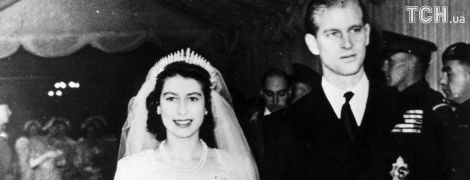 Платиновий ювілей: весільні знімки королеви Єлизавети II і принца Філіпа, створені 70 років тому