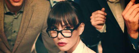 Эффектная и сексуальная певица VLADA в новом клипе на танцевальную песню