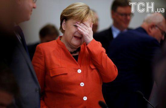 Меркель поговорила з Лавровим і начальником Генштабу Росії про війну в Україні