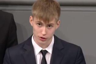 У Росії влаштували всенародне цькування школяреві після виступу в німецькому Бундестазі