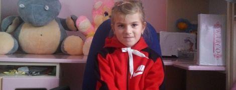 Семья Павлик просит помочь их дочке Веронике не потерять слух