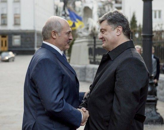 Ніж у спину: як розгортається шпигунсько-дипломатичний скандал між Україною та Білоруссю
